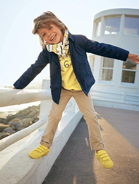 Niño-Looks-Look niño